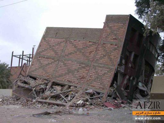 تشکیل طبقه نرم در ساختمان فولادی در زلزله