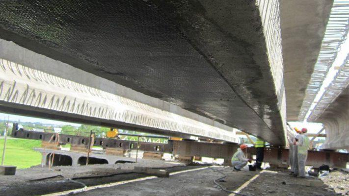 مقاوم سازی خمشی تیر پل بتنی با الیاف FRP